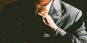 Jak zawiązać krawat? - Wiązanie krawata krok po kroku